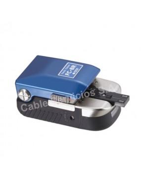 FC-8R-FC es una cortadora manual  para hasta 12  fibras ópticas Ribbon (planas).
